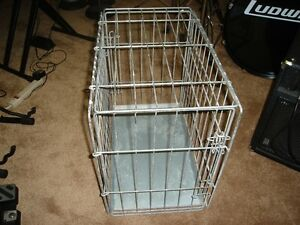 GALVANIZED WIRE DOG CRATE / CAGE
