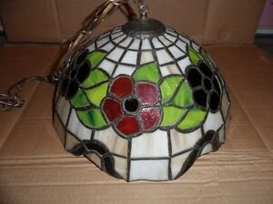 """TIFFANY HANGING LAMP - 16.5"""" IN DIA - WITH RED AND DARK GREEN FL"""