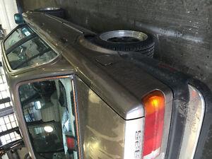 17x7.5 4x100 dish rims 215 40 17 90% tires e30 civic el VW Miata