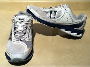 Men's Warrior Running Shoes Size 10.5