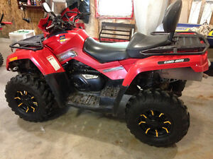 2006 Can-Am Outlander 800. 2-up seat. Fuel injected.