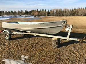 1983 Naden 12' Aluminum Fishing Boat with Johnson 9.9HP