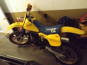 TWO YZ 490 1982