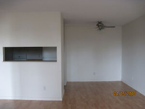 1 MONTH FREE RENT with 1 YEAR LEASE - 2 Bedroom , Great Location