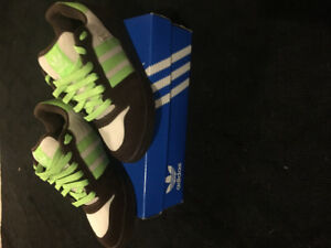 Vintage New Adidas Men's Shoes 8.5
