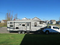 2011 Eagle Super Lite HT 27.5 BHS Fifth Wheel
