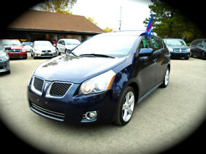 2009 Pontiac Vibe, AUTOMATIC, MOONROOF, AC & POWER GROUP!!!