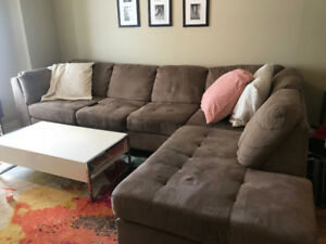 Great Condition L Shaped Couch - Must Pick Up
