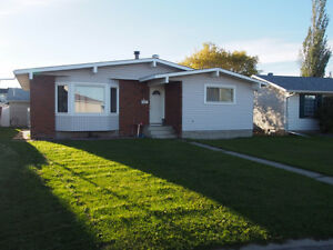 Furnished Family Friendly Bungalow Basement Suite in Millwood