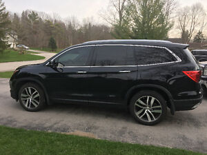 2016 Honda Pilot Touring with Extended Warranty
