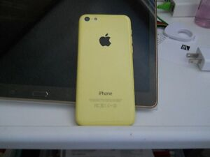 Iphone 5C - yellow - unlocked to all carriers