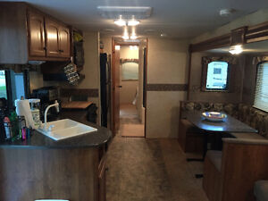 2013 Trail-Runner Travel Trailer 38QBBH by Heartland Cambridge Kitchener Area image 5