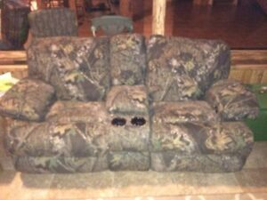 Camo recliner Love seat with cup holders