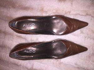 Chaussures (souliers) Aldo en parfaite condition (Pointure 36)