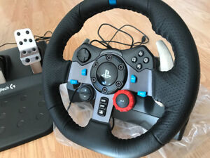 Logitech G29 Driving Force game steering wheel with warranty
