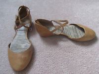 Luxury Camper Tan Leather Ballet Flats
