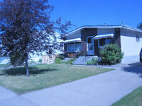Room for Rent in 2 bedroom house - Leduc