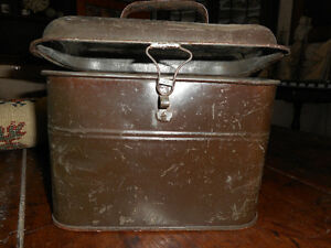 ANTIQUE TIN LUNCH BOX