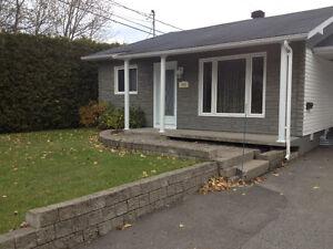 Maison à vendre sous l'évaluation de la ville Saguenay Saguenay-Lac-Saint-Jean image 2