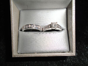 SOLITAIRE RING & MATCHING BAND FOR SALE