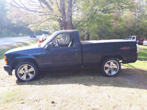 Chevrolet 454SS short box pick up 1988  $7000 negotiable