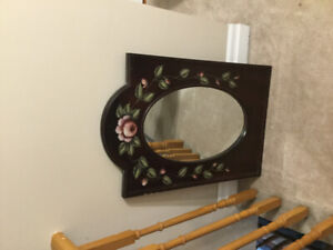Flowered mirror and hall stand