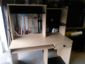 Computer/office wood , desk/table with HUTCH, shelving ,DRAWER