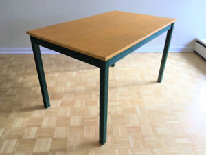 Table - great condition
