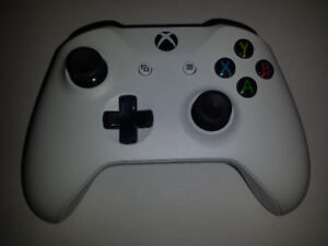 Manette Xbox One Controller blanche