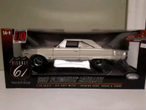 Highway 61 1967 Plymouth Satellite Hemi 1:18 diecast
