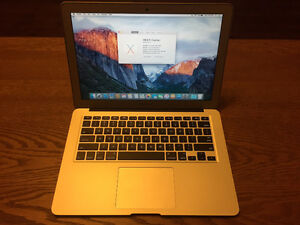 "Brand New A1466 Macbook Air 13"" Early 2015 Core i5 8GB RAM 128GB"