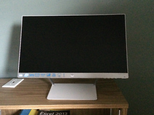 "HP 21.5"" Monitor - Never Used"