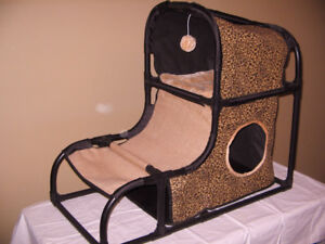 Cat Kitty Condo Bed Bailey and Bella Brand