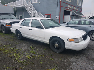 Ford crown victoria 2009 police pack
