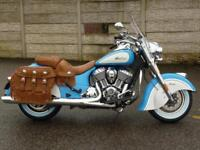 INDIAN CHIEF VINTAGE 2-TONE SKY BLUE/PEARL WHITE 2018 MODEL