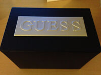 GUESS stainless steel watch - with box (montre)