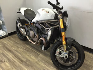 2014 Ducati Monster 1200S **IMPECCABLE**