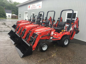 Massey Ferguson GC1720 25hp TLB Pkg - ONE ONLY - FALL SALE!!!