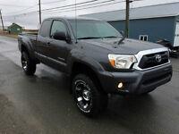 2014 Toyota Tacoma Pickup Truck SR5
