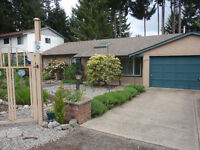 Retirement Rancher in Charming Qualicum Beach, Vancouver Island