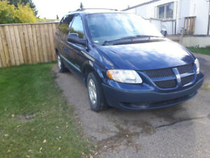2003 Dodge Caravan for sell