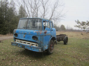 1958 Ford C600 Cabover