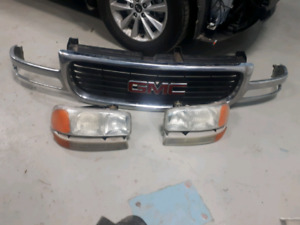 Sierra grill and headlights
