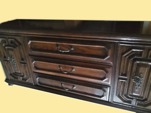 Quality Made--Peppler Dresser/Sideboard/TV Console