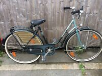 Hercules fashion TS ladies Dutch bicycle rear rack bell mudguards and dynamo lights