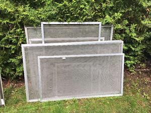 Lot de 10 moustiquaires aluminium de toutes grandeur
