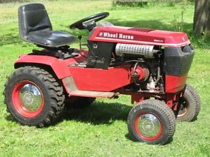 Wheel Horse lawn tractor