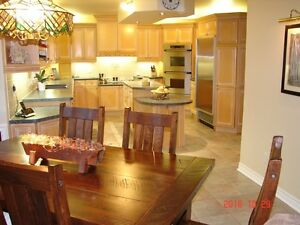 EXQUISITE HOME IN FARLINGERS POINT Cornwall Ontario image 5