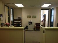 Office Space for Rent/ Bureau à Louer