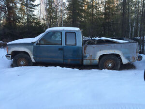 1991 Chev suburban and z71 parts 4x4